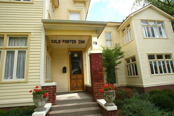 8-17-12<br /> Cole Porter Home<br /> 19 S Huntington Street at E. 3rd Street<br /> Peru, IN.<br /> KT photo | Tim Bath