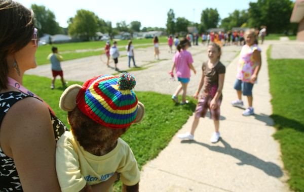 8-30-12<br /> Taylor Primary School 3rd graders carry a stuffed monkey around the school in place of classmate Alana Johnson who is out sick with Lukemia.<br /> KT photo   Tim Bath