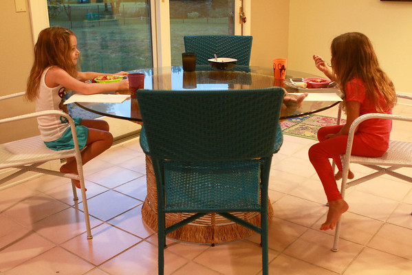 8-9-12<br /> First day of school for twins Mara and Keara Dechert<br /> Twins, Keara (left) and Mara Dechert eat breakfast at their house early Thursday morning before their first day of kindergarten.<br /> KT photo | Kelly Lafferty