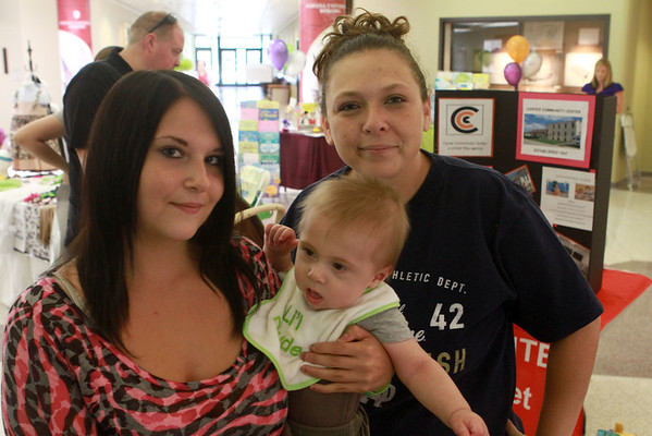 8-11-12<br /> Out and About Baby Expo<br /> Jessica Garthe, Cameron Gifford, Deanna Gifford<br /> KT Photo | Kelly Lafferty