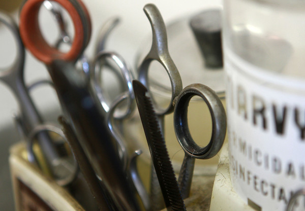 8-22-12<br /> Don's Barbershop<br /> Scissors and other necessary barbershop items sit on the counter of Don's Barbershop in the home of barber Don Wisher. Don's Barbershop is open two days a week, Tuesday and Wednesday.<br /> KT photo | Kelly Lafferty
