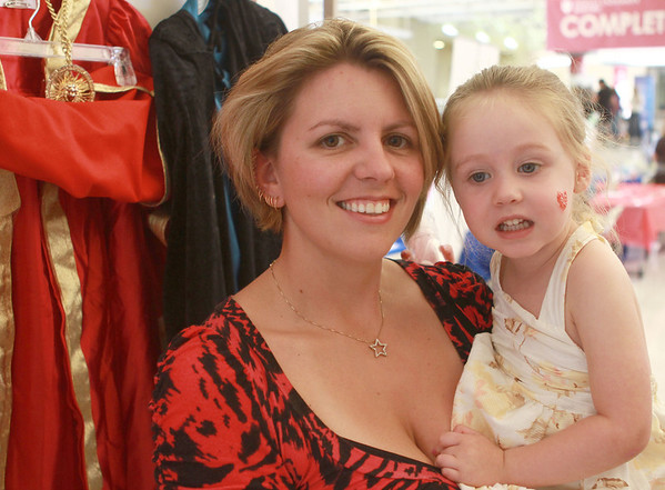 8-11-12<br /> Out and About Baby Expo<br /> Melissa and Keeley Taylor<br /> KT Photo | Kelly Lafferty