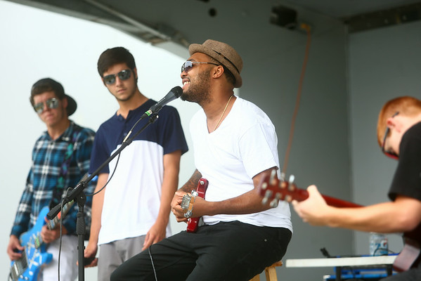 8-9-14<br /> Mo Boy Summer Fest<br /> Tyrin Tracee Tyler performs with The Peaceful Kings during the Mo Boy Summer Fest in Studebaker Park.<br /> Kelly Lafferty   Kokomo Tribune