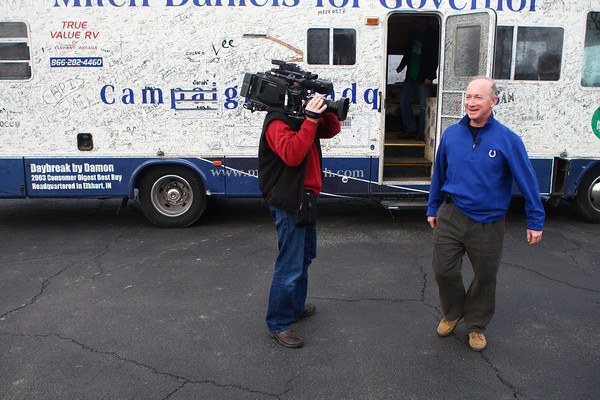 12-19-12<br /> Gov. Mitch Daniels<br /> Gov. Mitch Daniels steps out of his RV on Wednesday morning when he made a stop at Sherrill's Restaurant in Tipton.<br /> KT photo | Kelly Lafferty