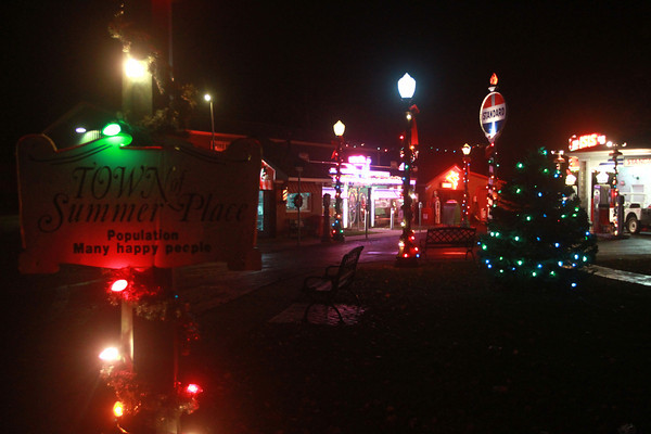 12-3-13<br /> A Summer Place<br /> The main street of the 1950s decade, A Summer Place, is lit for Christmas.<br /> KT photo | Kelly Lafferty