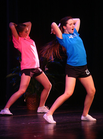 2-15-14<br /> Distinguished Young Women Saturday<br /> Larren Sinks of Plainfield does a Zumba move during Saturday's Distinguished Young Women program.<br /> KT photo | Kelly Lafferty