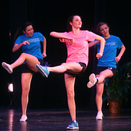 2-15-14<br /> Distinguished Young Women Saturday<br /> Hannah Schaefer of Whitley County shows off her fitness during Saturday's Distinguished Young Women program.<br /> KT photo | Kelly Lafferty
