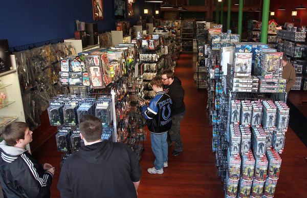 2-12-14<br /> Kokomo Toys & Collectibles new location<br /> Shoppers check out Kokomo Toys & Collectibles new location on Sycamore in downtown Kokomo.<br /> KT photo | Kelly Lafferty