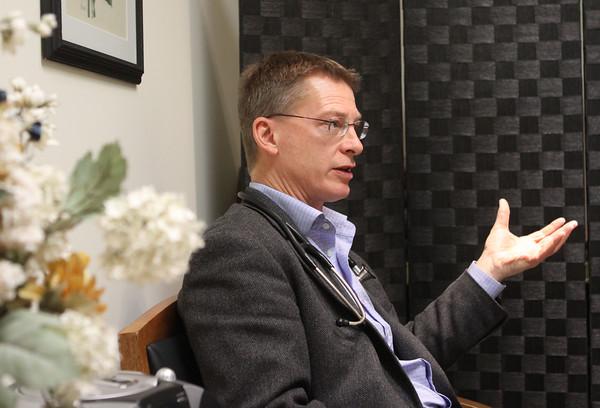 Dr. Michael Ritchie