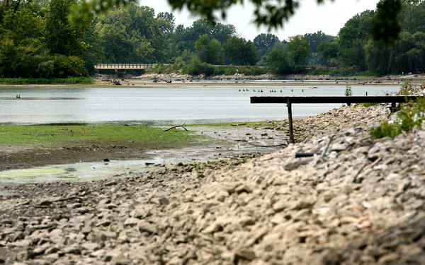7-17-12<br /> Water very low at the Kokomo Reservoir.<br /> Looking at the reservoir near Ind 22.<br /> KT photo | Tim Bath