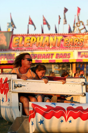 7-11-12<br /> HC Fair rides and food<br /> KT photo | Tim Bath