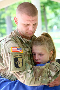 7-17-14 Surprise soldier return  Kelly Lafferty | Kokomo Tribune