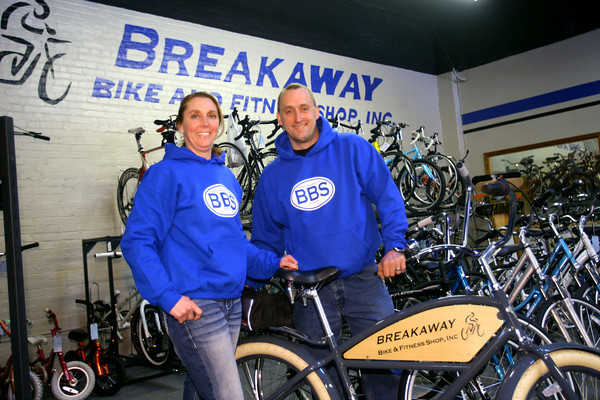 3-2-14   --- Breakaway Bike shop in Peru with owners Zac and Shannon See.  -- <br />   KT photo | Tim Bath