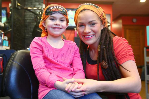 3-29-14<br /> Lindsey Ogle<br /> Lindsey Ogle and her 7-year-old daughter Laney<br /> KT photo   Kelly Lafferty