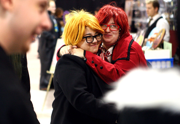 10-19-13<br /> Kokomo-Con<br /> Jocelyn and Zoe Estelle share a hug at Kokomo-Con on Saturday.<br /> KT photo   Kelly Lafferty