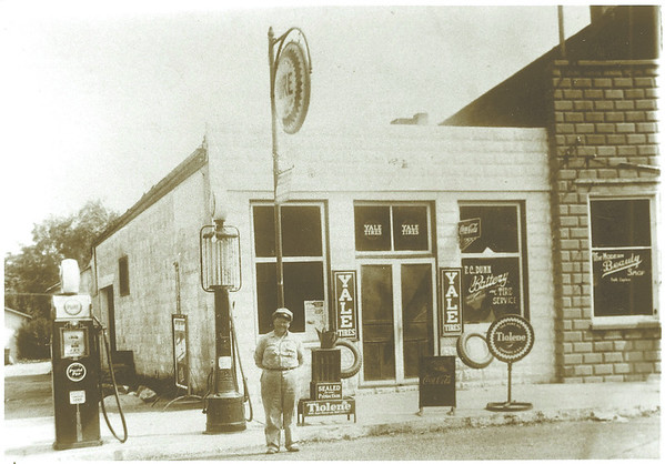 Forest Dunn, early 1940's, Russiaville, Ind./Honey Creek Township