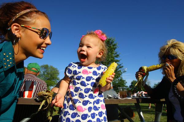 6-13-14 -- Breanna Pattison with her daughter 15 month-old Alivia Pattison and mother Sarah Pattison at Ribfest 2014.    ---<br /> Tim Bath   Kokomo Tribune