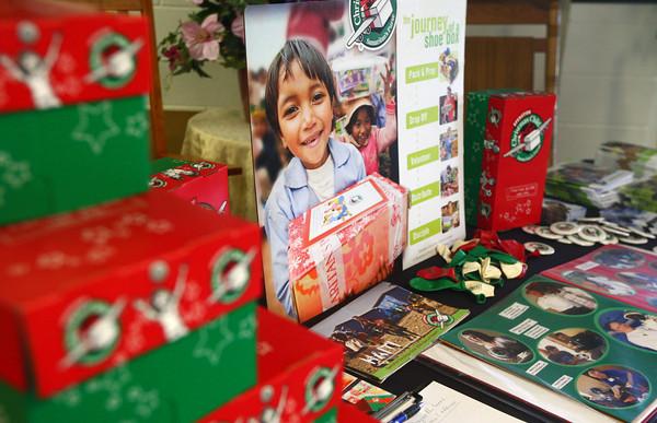 9-15-13<br /> Operation Christmas Child shoebox drive meeting<br /> Operation Christmas Child materials are on display at Brookside Free Methodist Church.<br /> KT photo | Kelly Lafferty