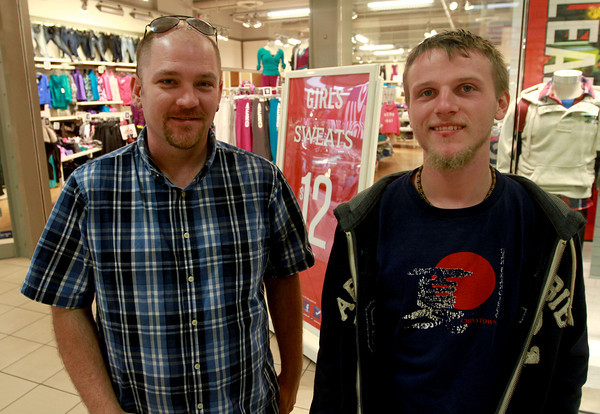9-22-12<br /> Out and About Markland Mall<br /> Brandon Kuhnz and Danny Clark<br /> KT photo | Kelly Lafferty