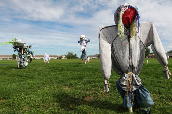 9-14-12<br /> Scarecrows behind Wallace Elementary School<br /> KT photo | Kelly Lafferty