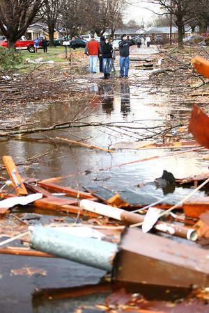Cedar Crest subdivision tornado damage.<br />   KT photo   Tim Bath