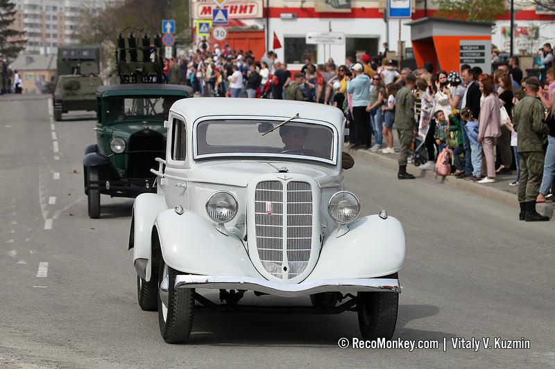 GAZ-M-415
