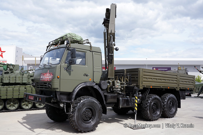 KMV-10V crane