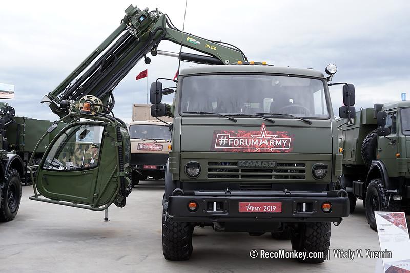 UTM-80M decontamination vehicle