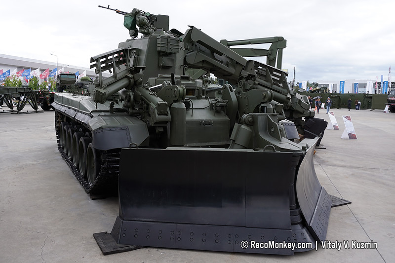 IMR-3M obstacle clearing vehicle