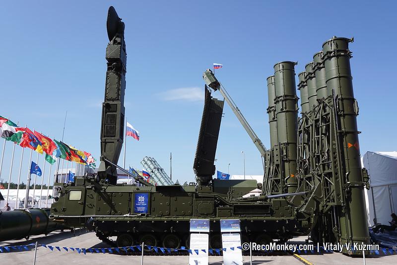9A83ME TELAR of S-300VM Antey-2500 system)