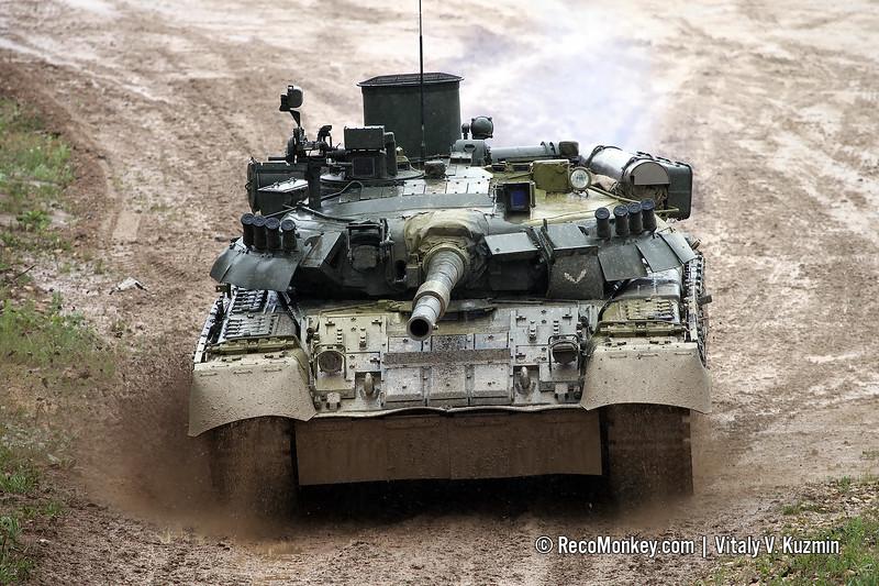 T-80U main battle tank