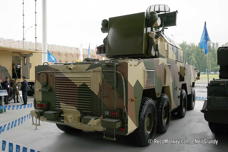 9A331M TLAR of 9K331M Tor-M2 system on new BAZ wheeled chassis