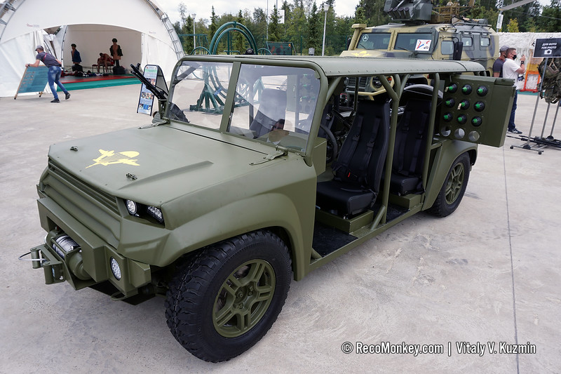 MAA-M tactical vehicle with mortar