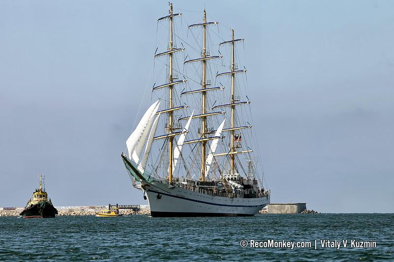 Khersones training tall ship