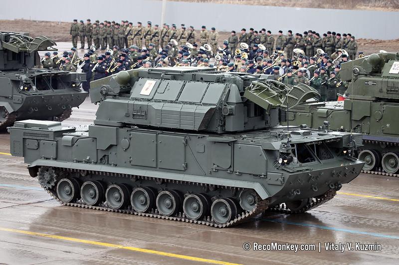 9A331M combat vehicle 9K331M Tor-M2