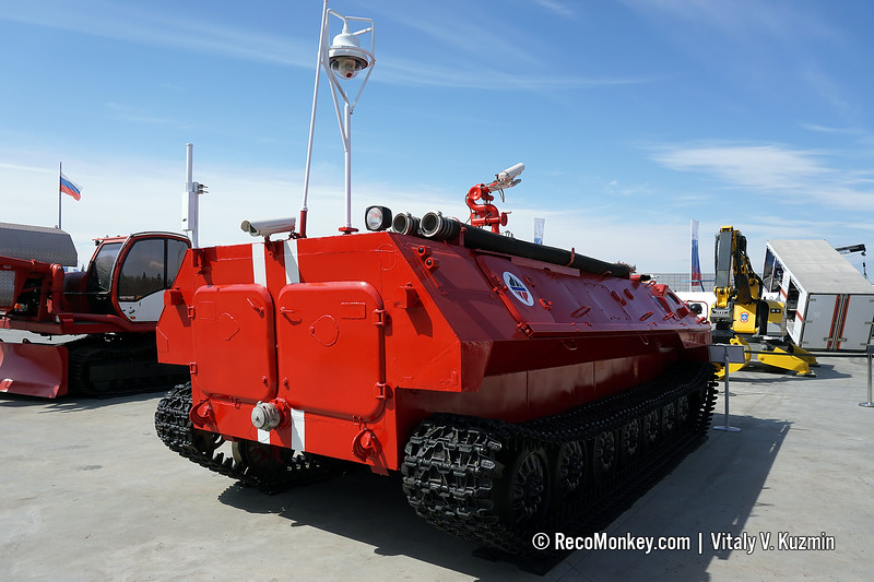 Fire fighting vehicle from Kedr unmanned fire fighting system