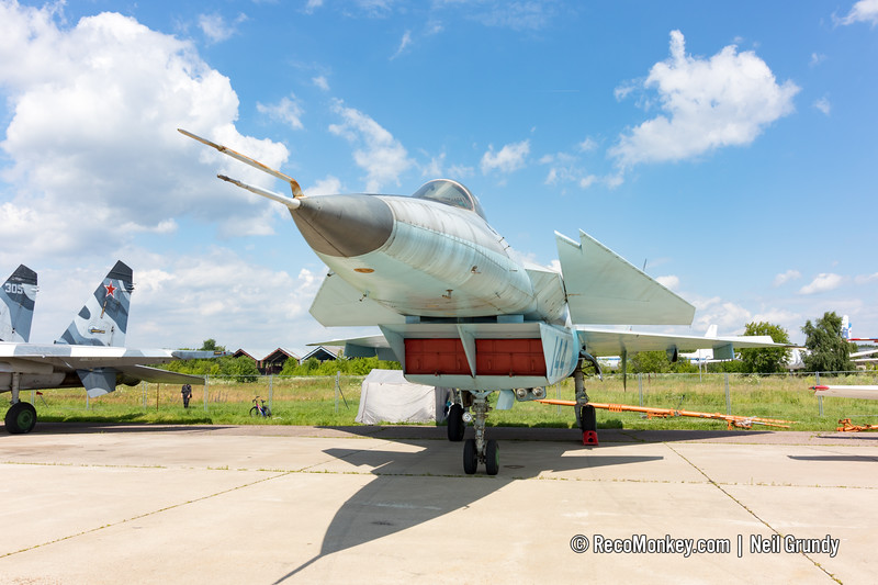 MiG-1.44 MFI