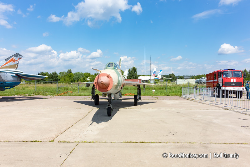 MiG-21U