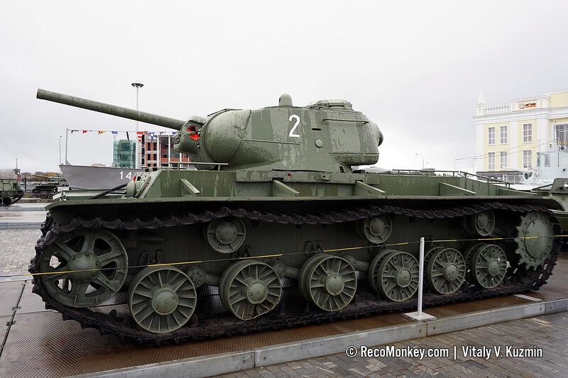 KV-1s heavy tank