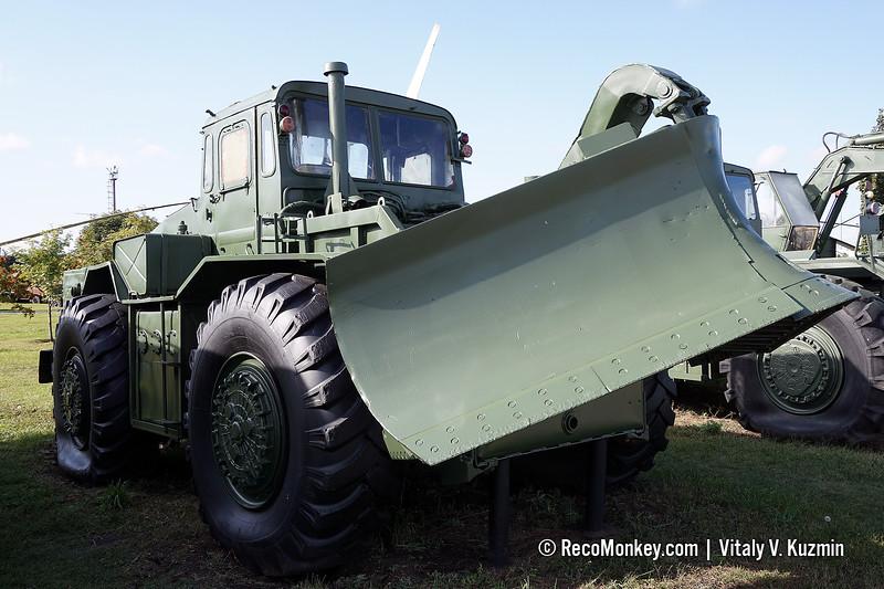 PKT engineering vehicle