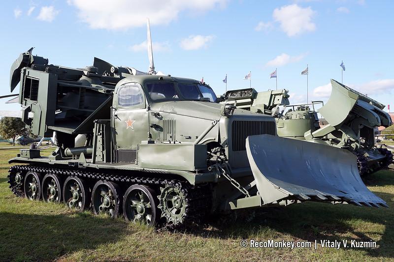 MDK-2 engineering vehicle