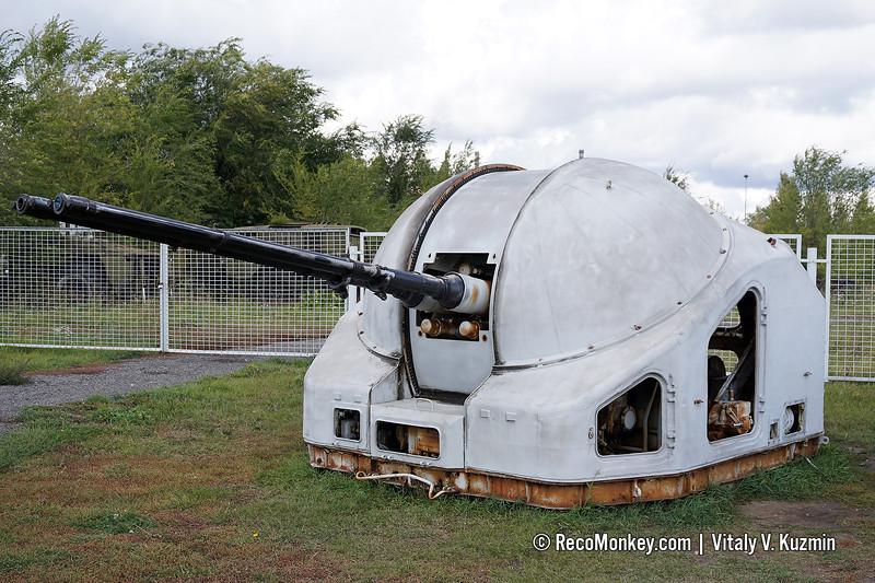 AK-725 naval gun