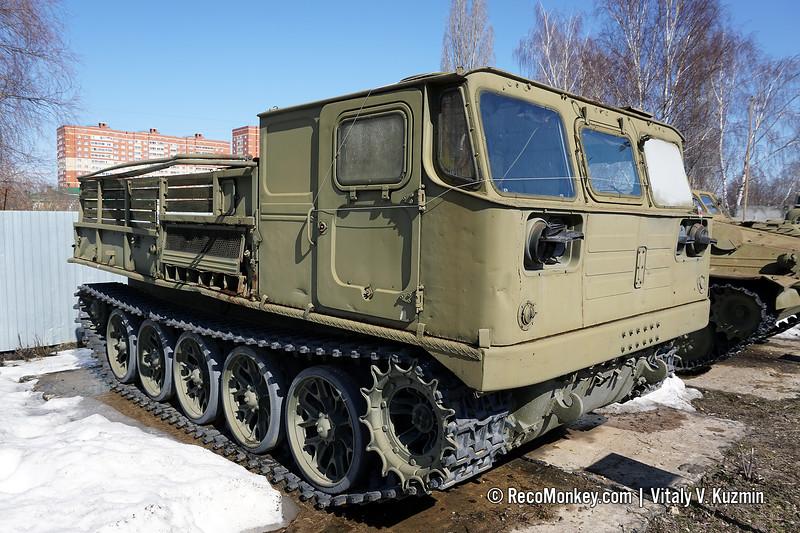 ATS-59G artillery tractor