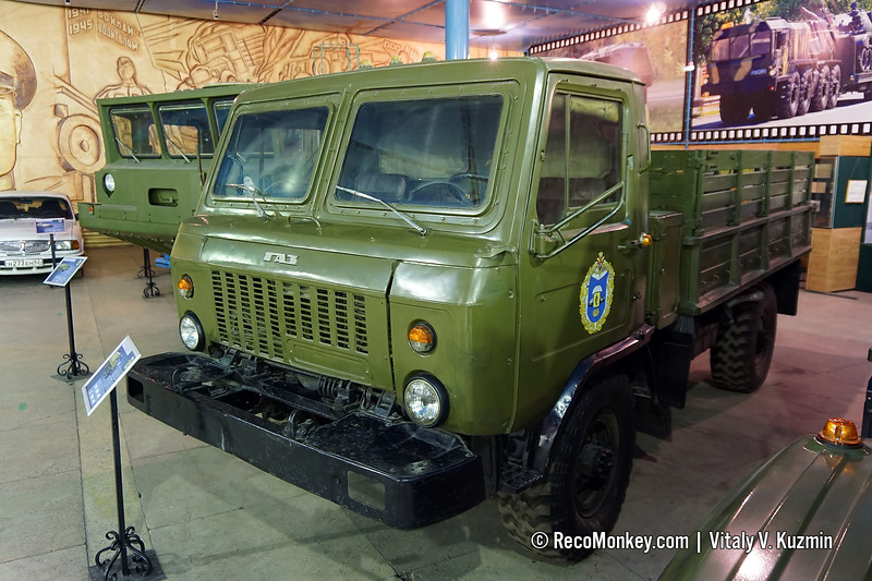 GAZ-3301