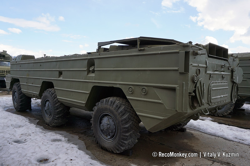 BAZ-5937 chassis