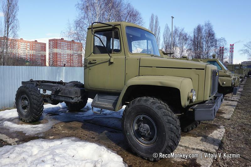GAZ-3308