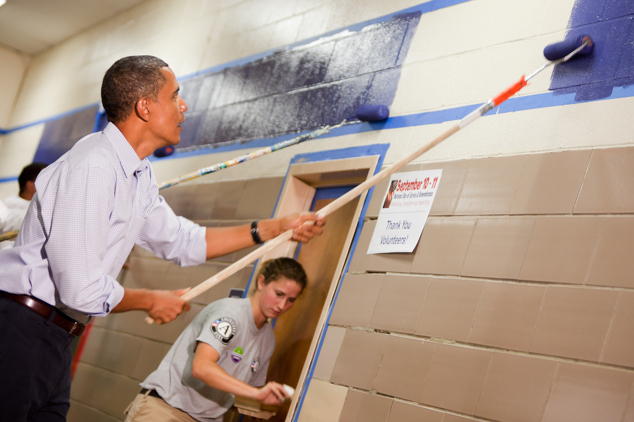 President Barack Obama participates in a September 11 National Day of Service and Remembrance school revitalization project in Washington D.C. on September 11, 2010.