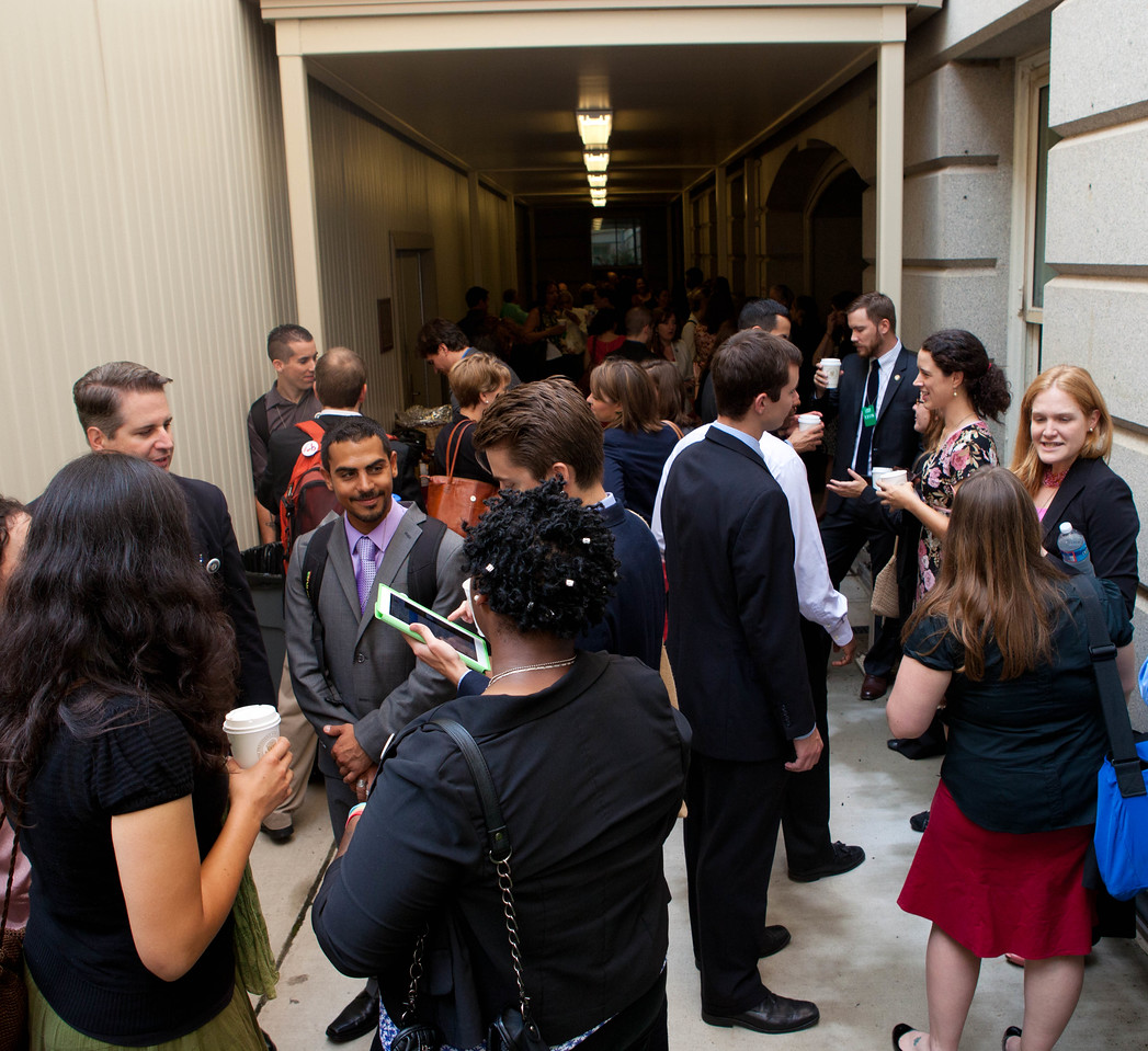 AmeriCorps Alums gather and socialize before the start of the AmeriCorps Alums Day at the White House. Corporation for National and Community Service Photo.