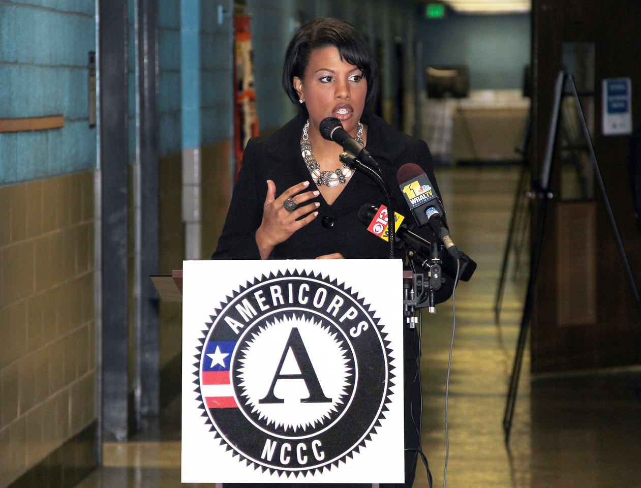 Baltimore Mayor Stephanie Rawlings-Blake addresses community members and attendees at the dedication of the future home of the AmeriCorps NCCC Atlantic Region Campus in Baltimore, MD. Corporation for National and Community Service Photo.