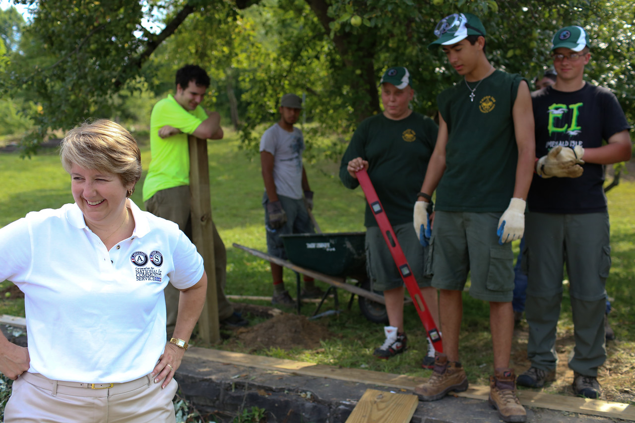 CNCS CEO, Wendy Spencer serving with Boy Scouts in West Virginia. Corporation for National and Community Service Photo.